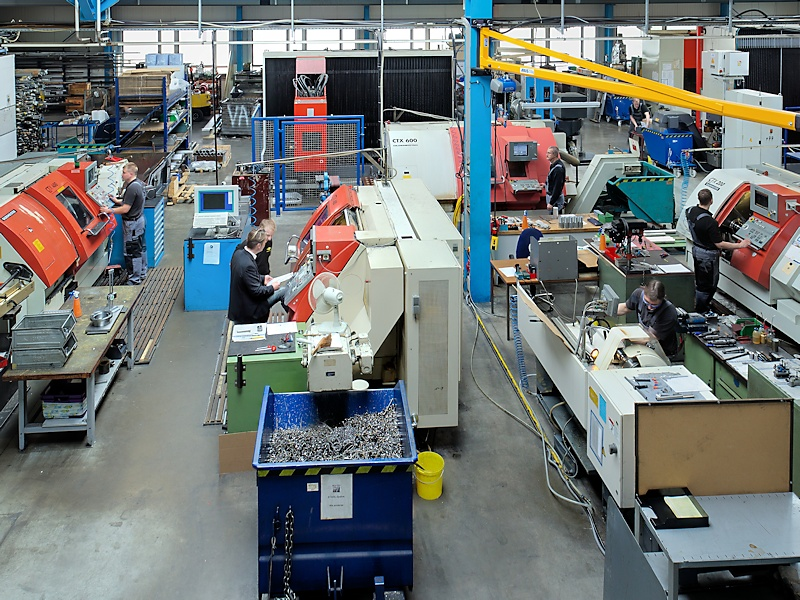 Production hall, Abacus GmbH, CNC machine, Turning